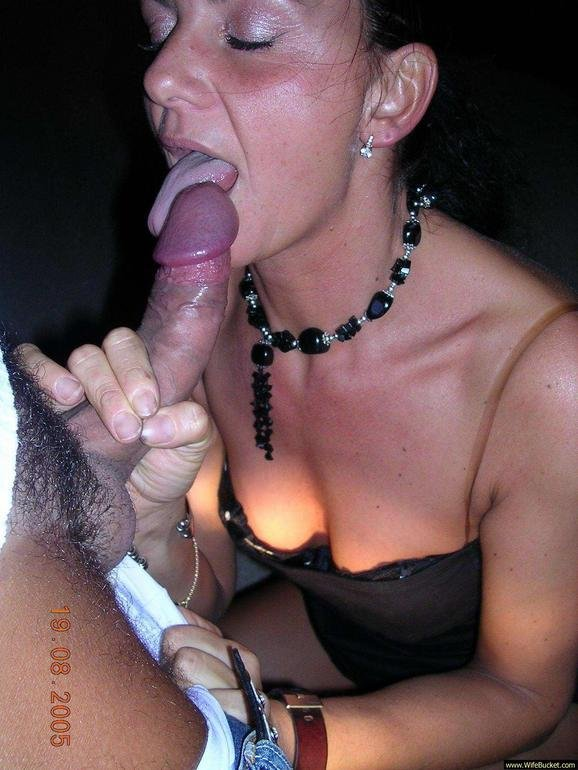 Mom morning fuck with her husband
