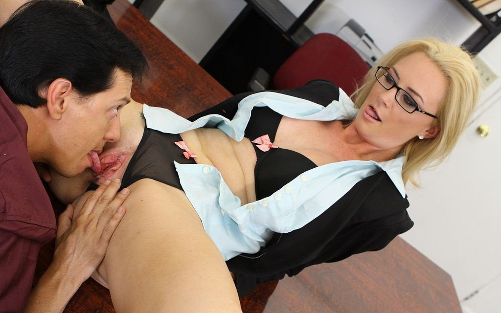 Mature secretary fuck movies, twin olsen young in tights