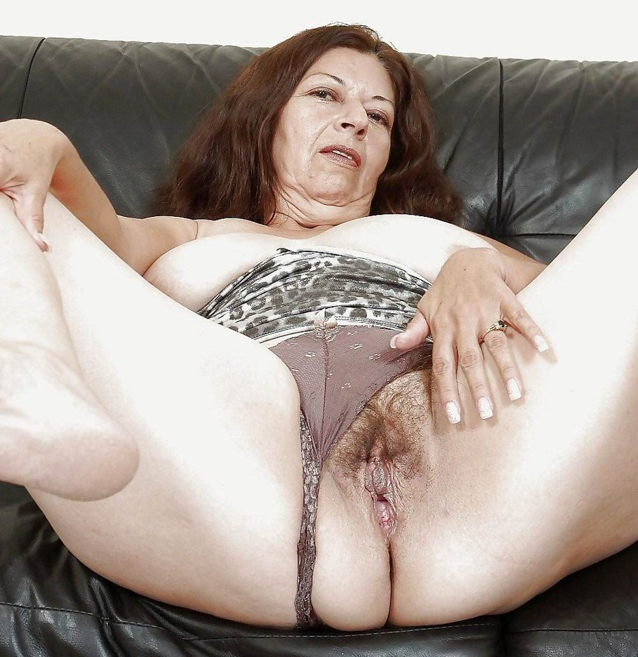 Mature granny porno video galerry answer, matchless