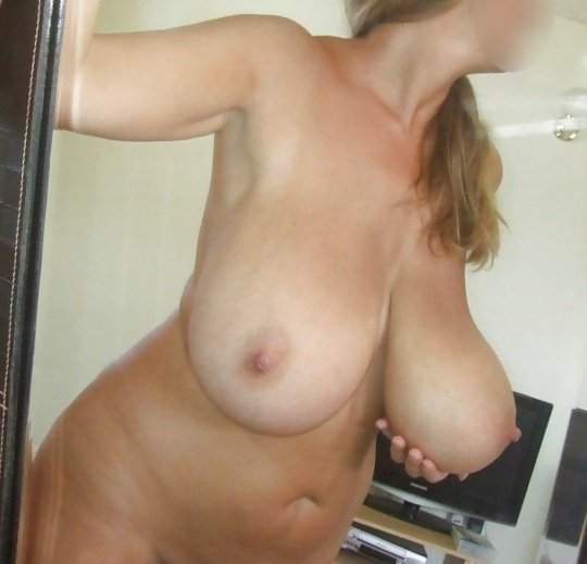 milf nude big boobs