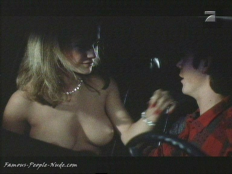 Anime free gallery photo porn Jaime Pressly Poison Ivy- The New Seduction -red dress strip and sex