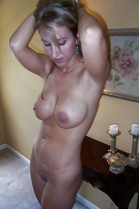 Keneil reccomend mature homemade sex pictures