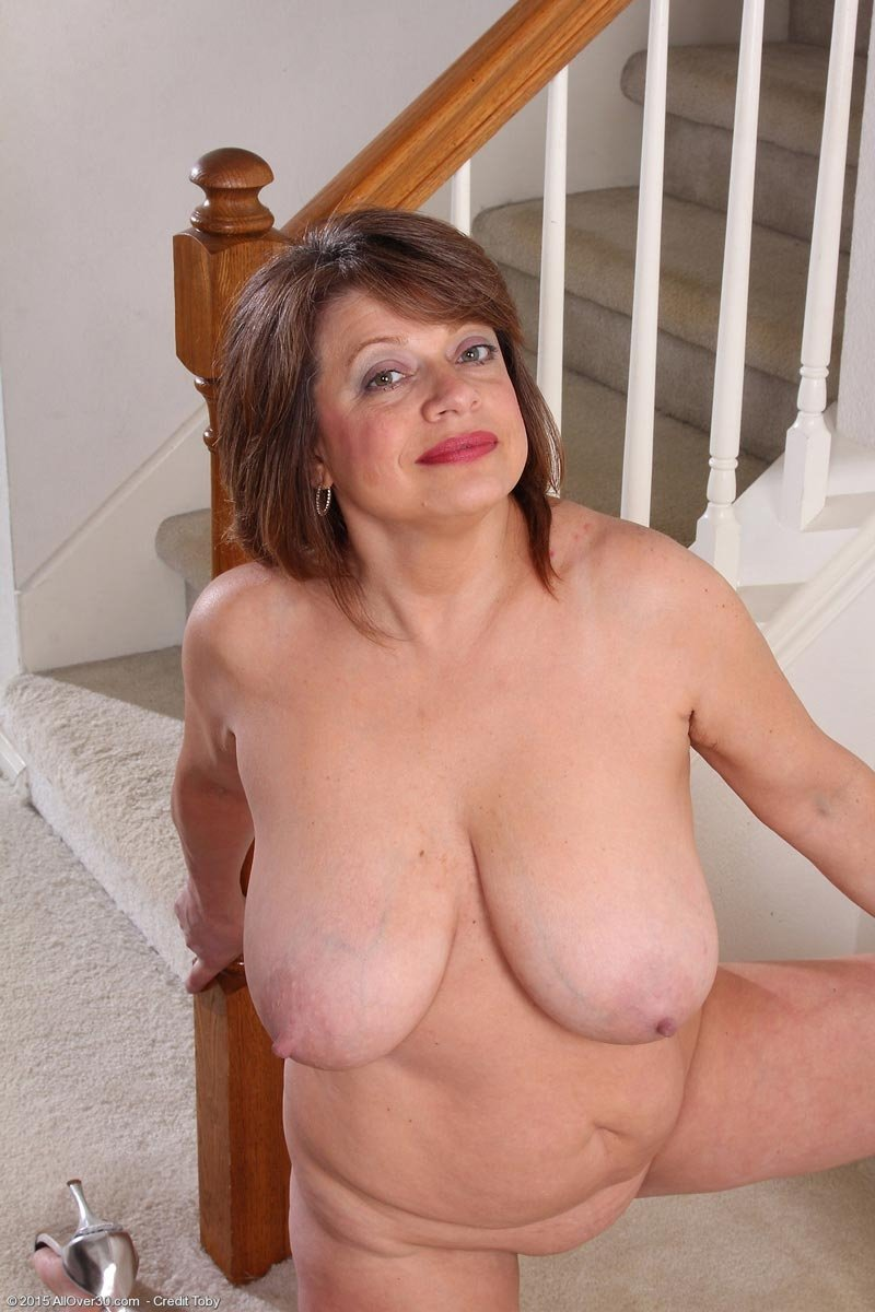 free stocking mature pics there