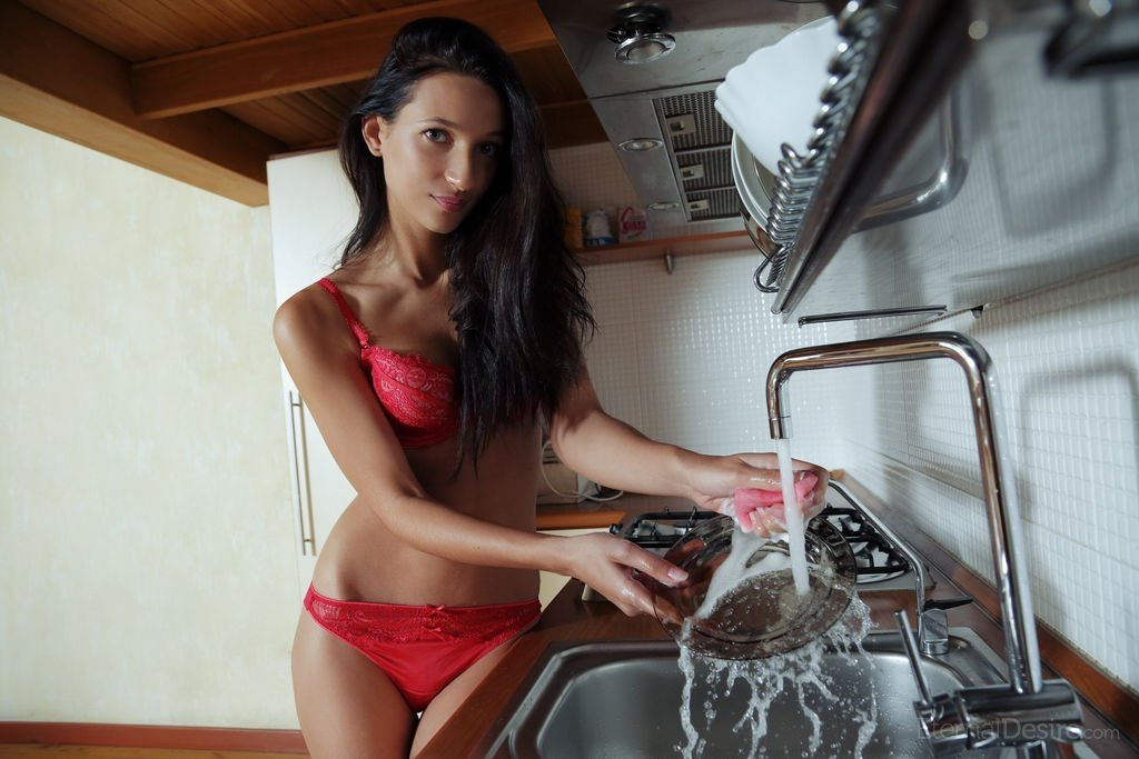 Naked real housewifes