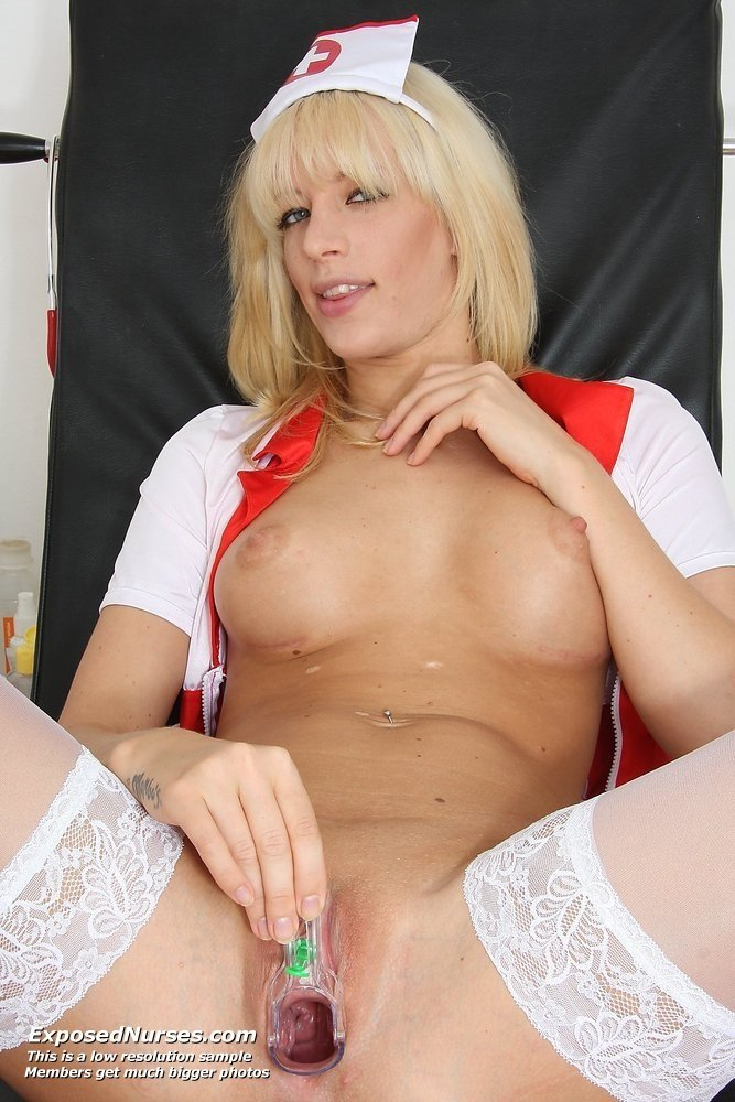 Gagor    reccomended glasses and stockings porn