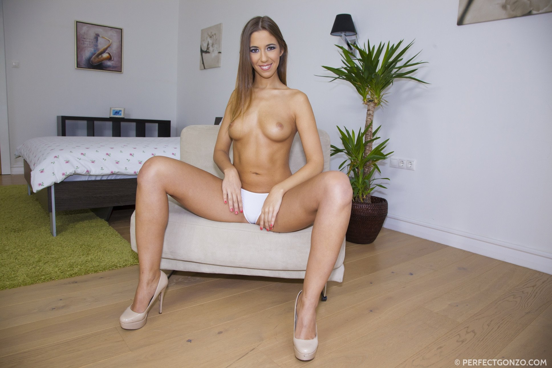 My girlfriend luvs to suck Abused xxx some with sex doll