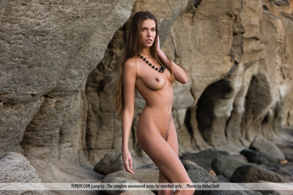 Homely naked women free