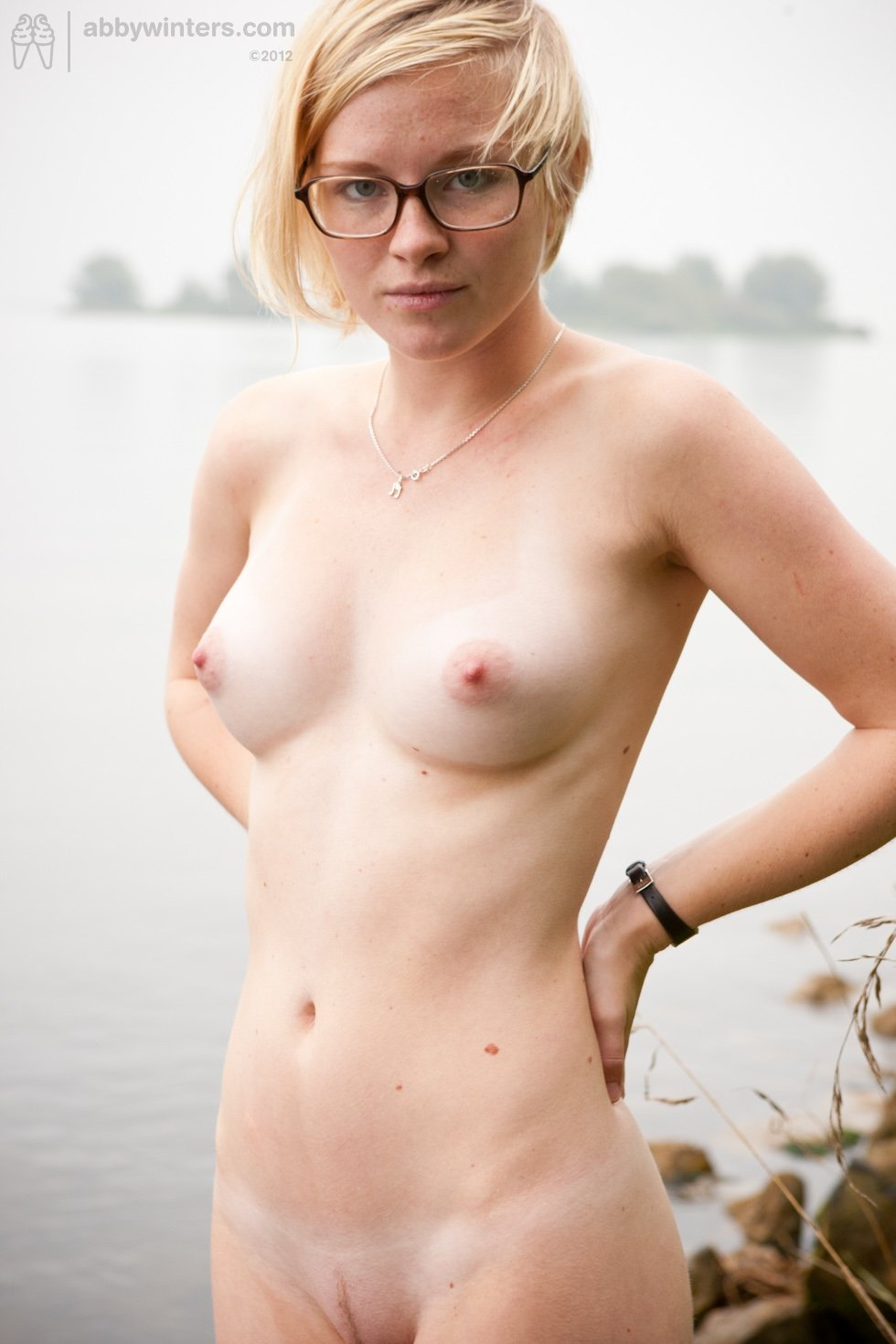 nude pics of girls boobs