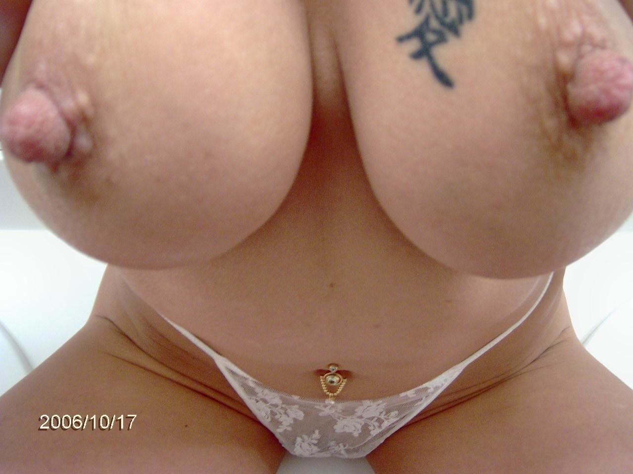 nude big boobs mom