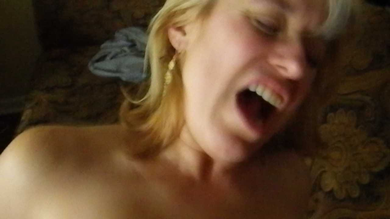 Porn hub mum in the shower Seleste and LOSO RAW SEX