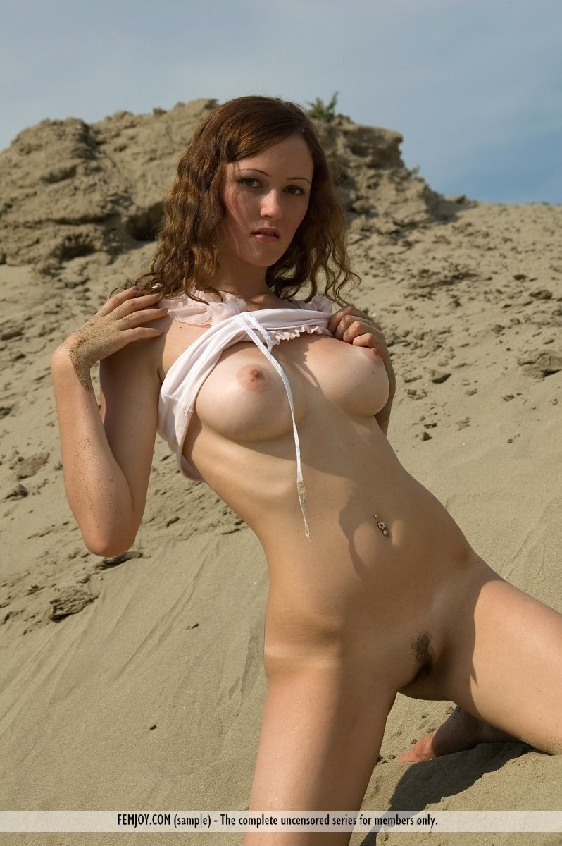 Beach nudists voyageur Jennifer luv porn star