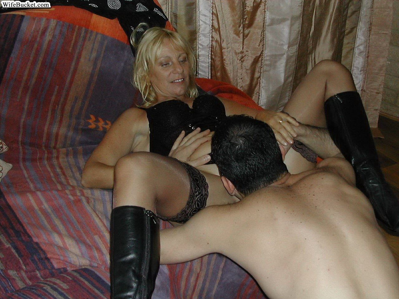 Auto and wife wife sharing desi