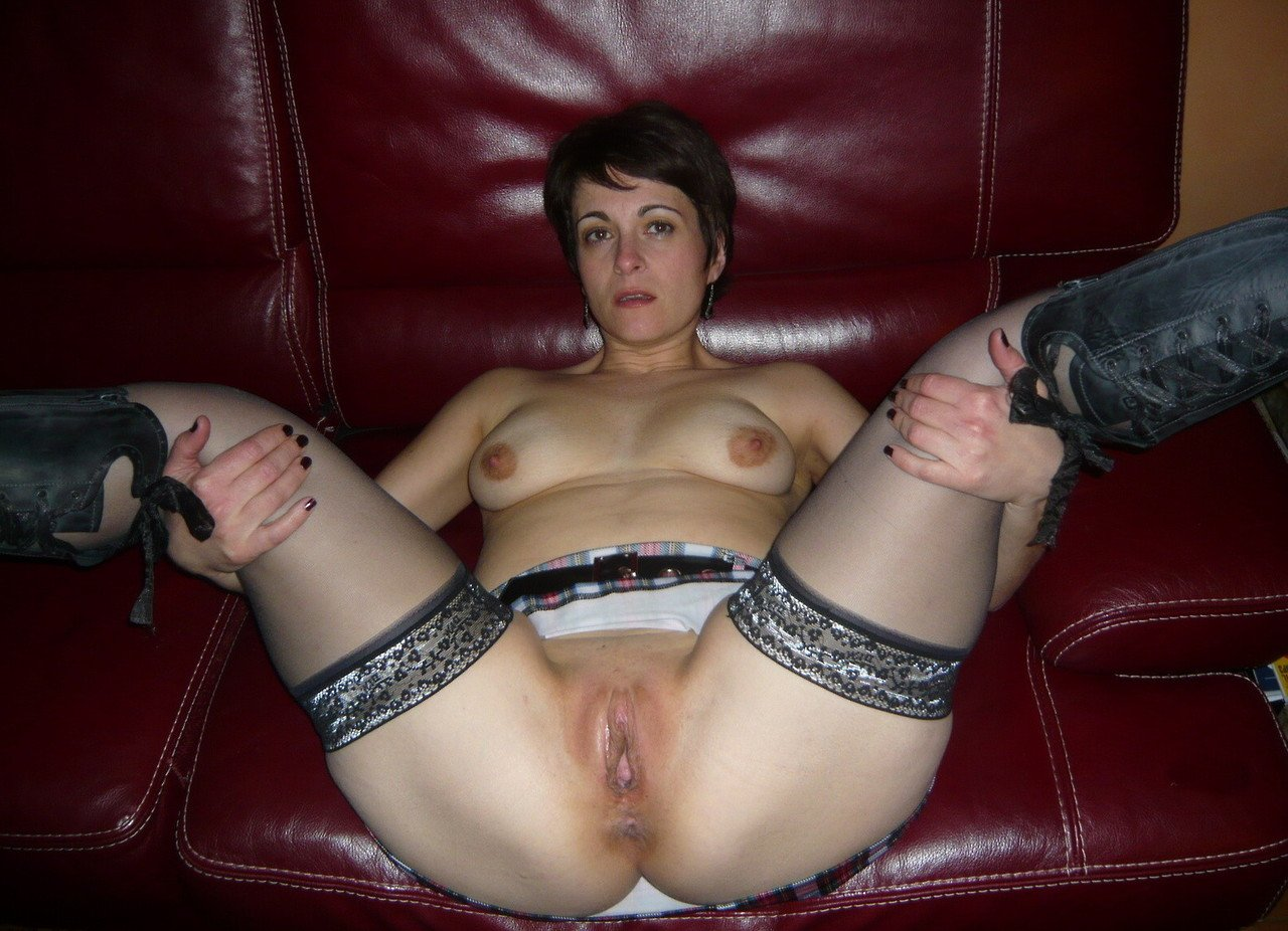 Awesome Homemade Amateur Pussy Spread Gallery 2728-9265