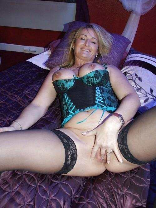 very hot blonde milf