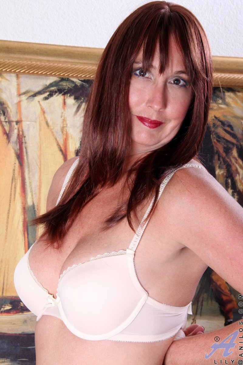 mature naked chubby women