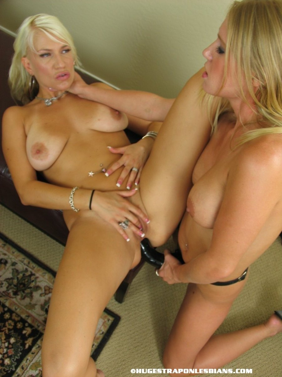 Lesbians with strap on video