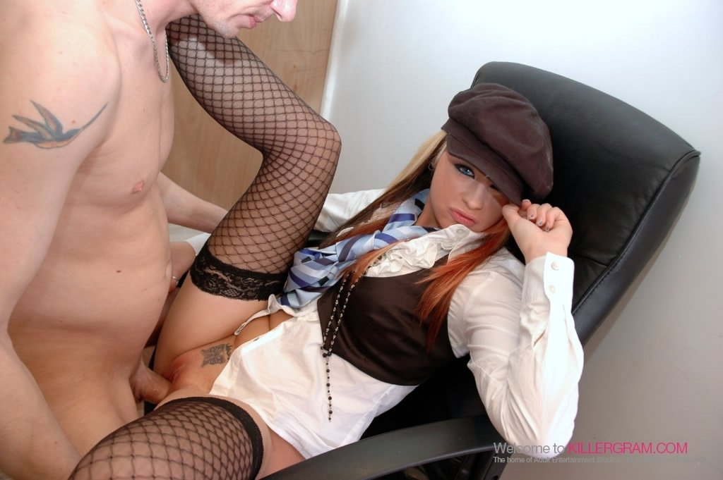 Sexy young moms cheating sex anal babe