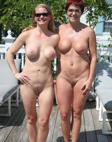 Free mother and daughter nudist pics — pic 12