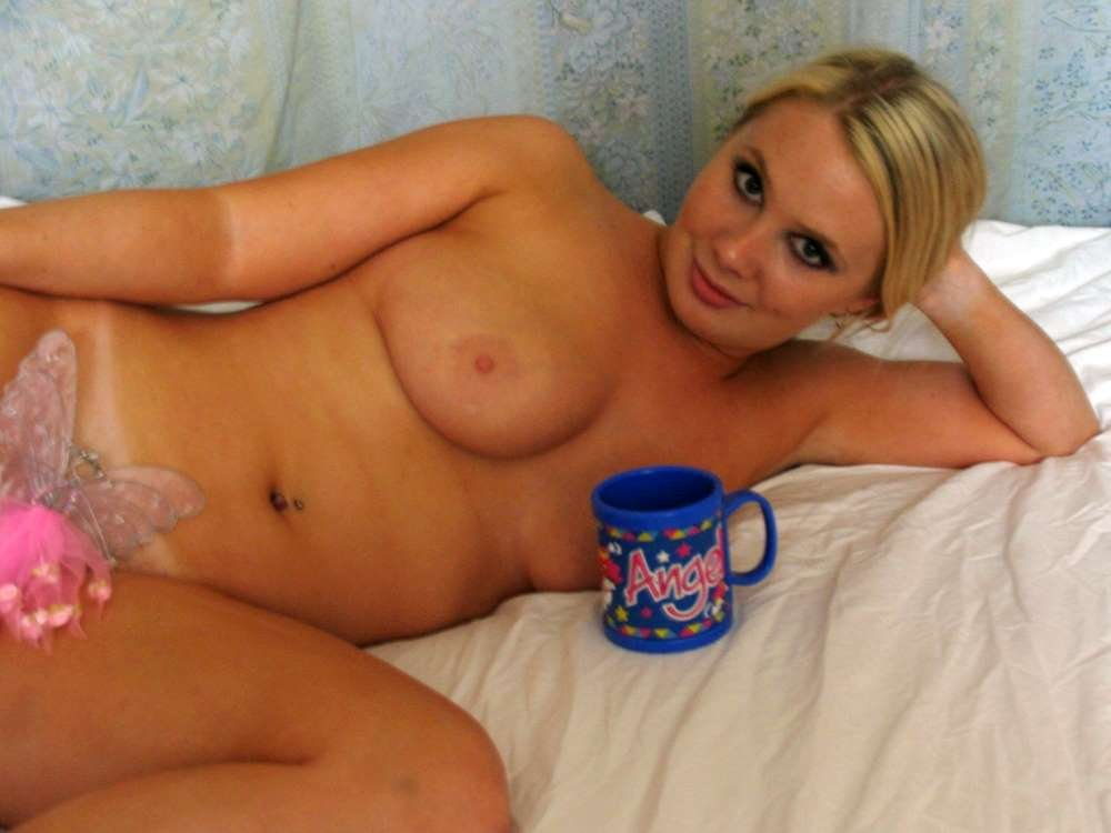 amateur girlfriend photos there