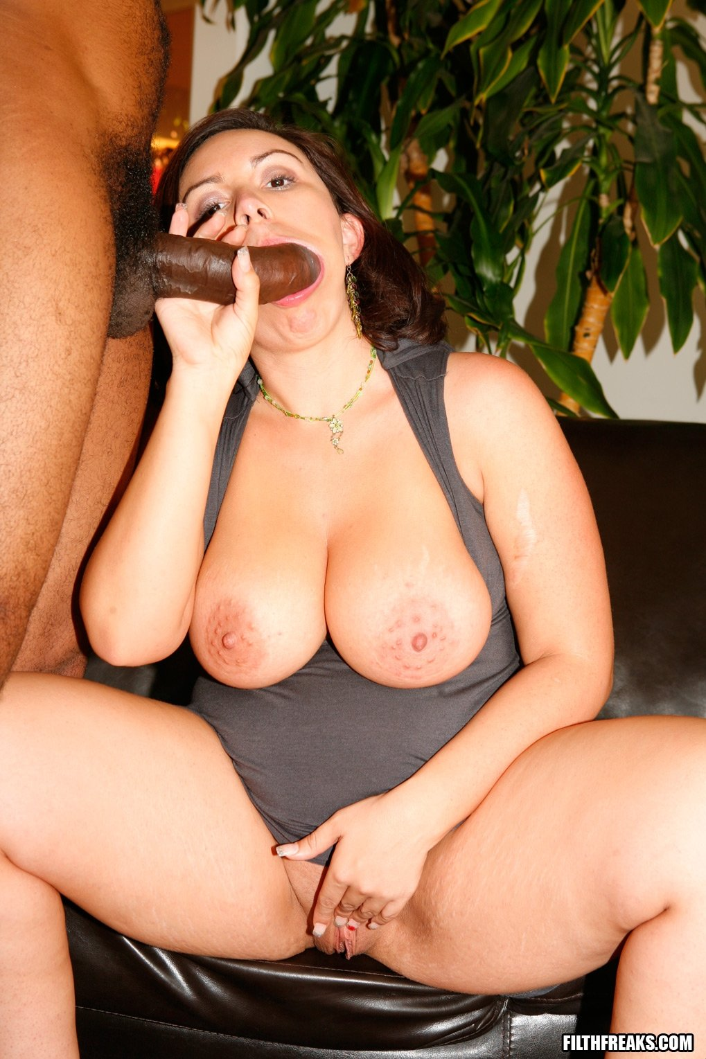 Sexwife in home