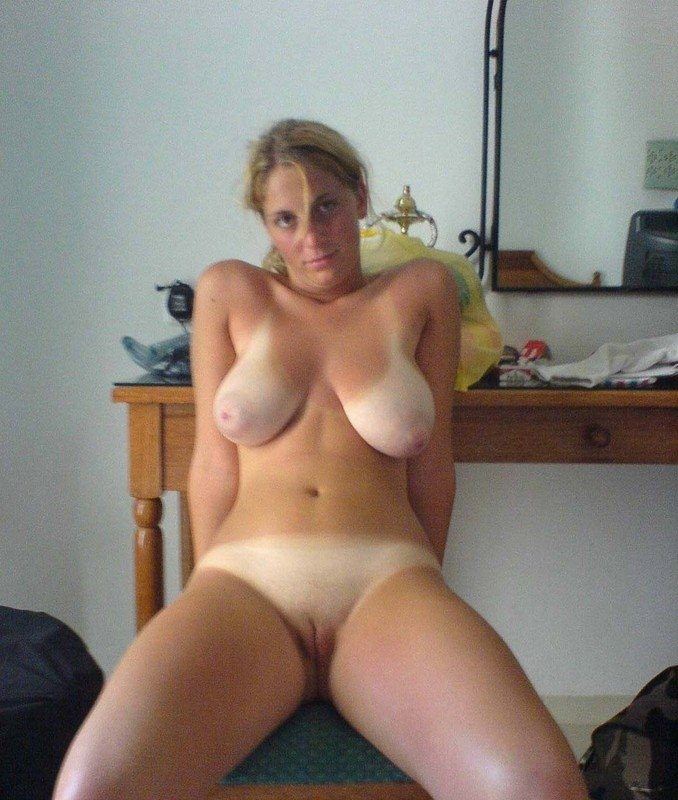 Post gal pics girlfriend nude Telling boyfriend about cheating