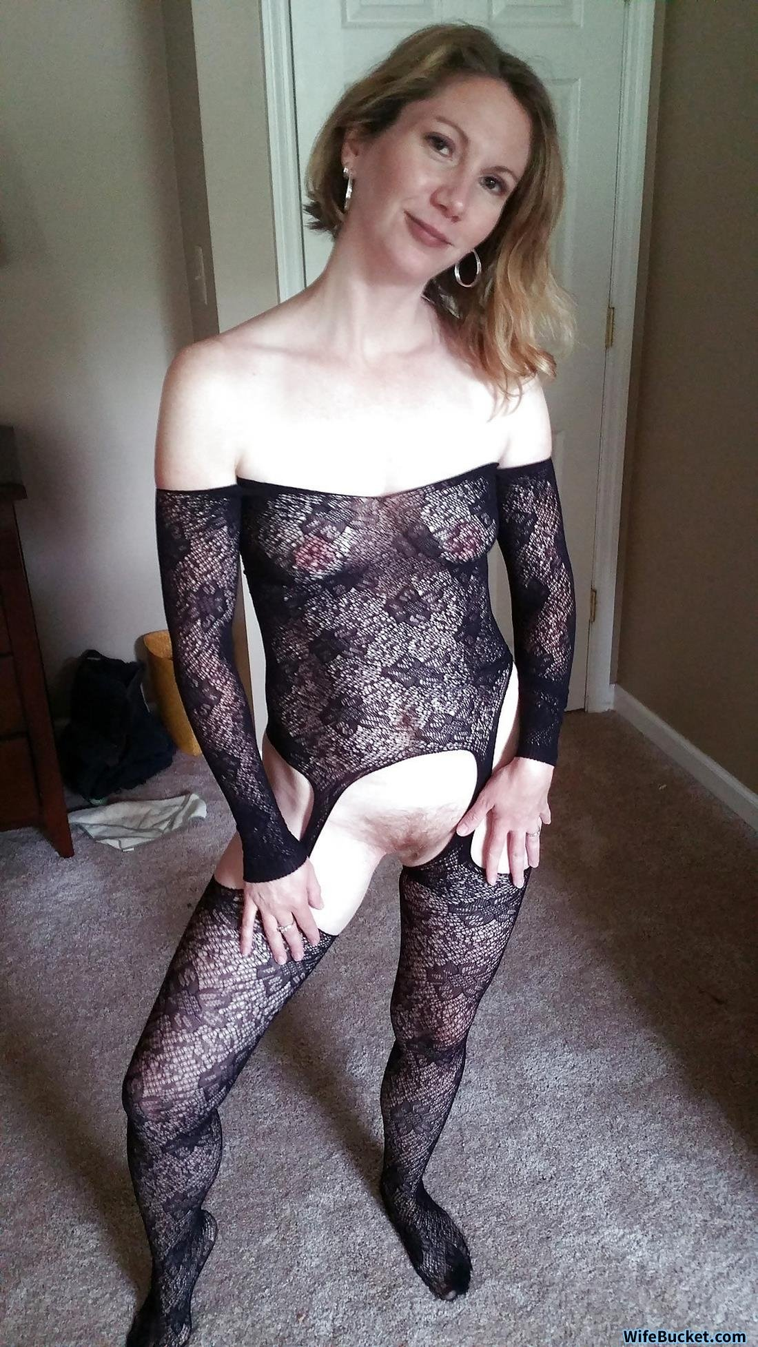Nikoshura    reccomended Check out my hot new fishnets and garter belt JOI