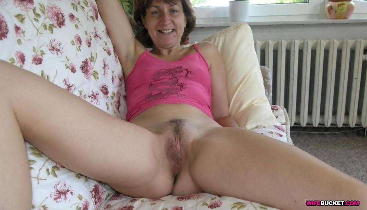 amatuer wife first anal