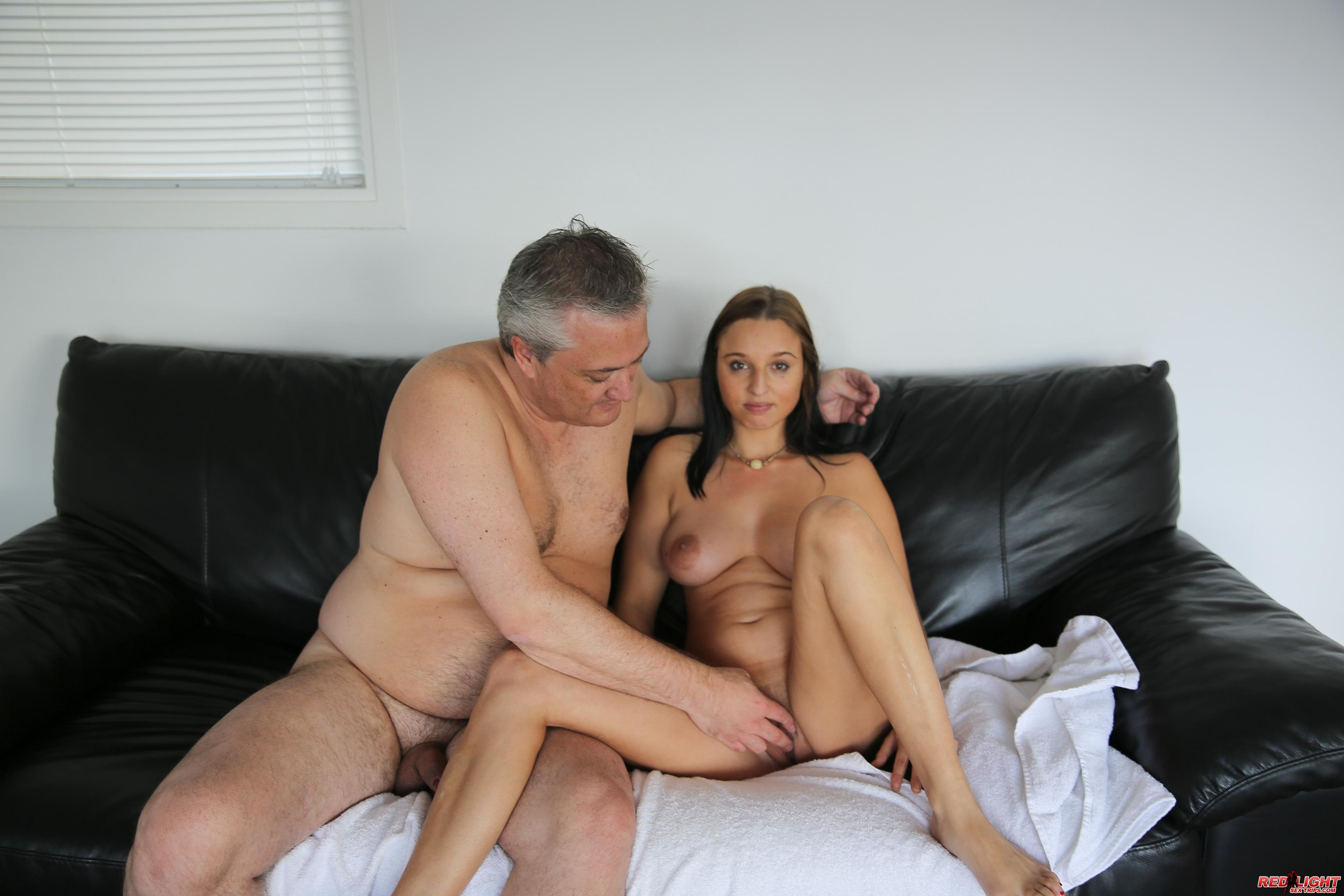 Nude Girls Young And Old
