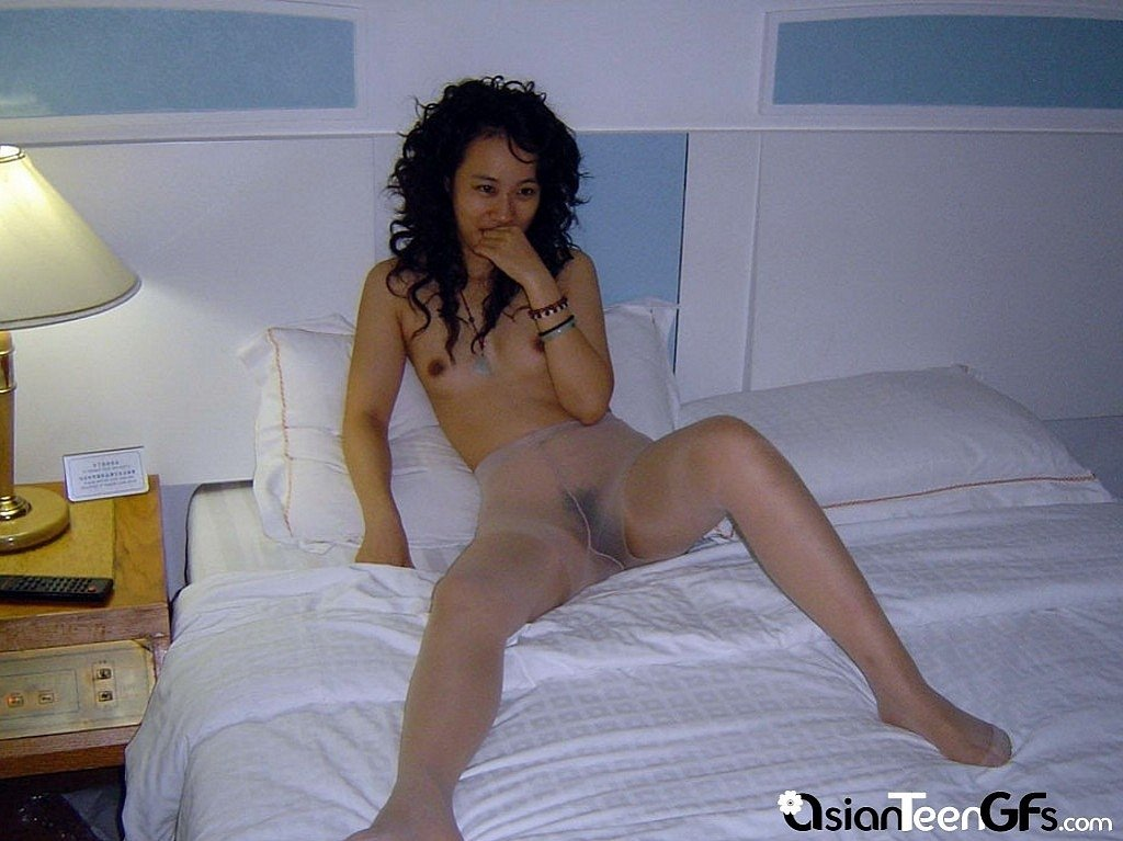 hot naked asian moms