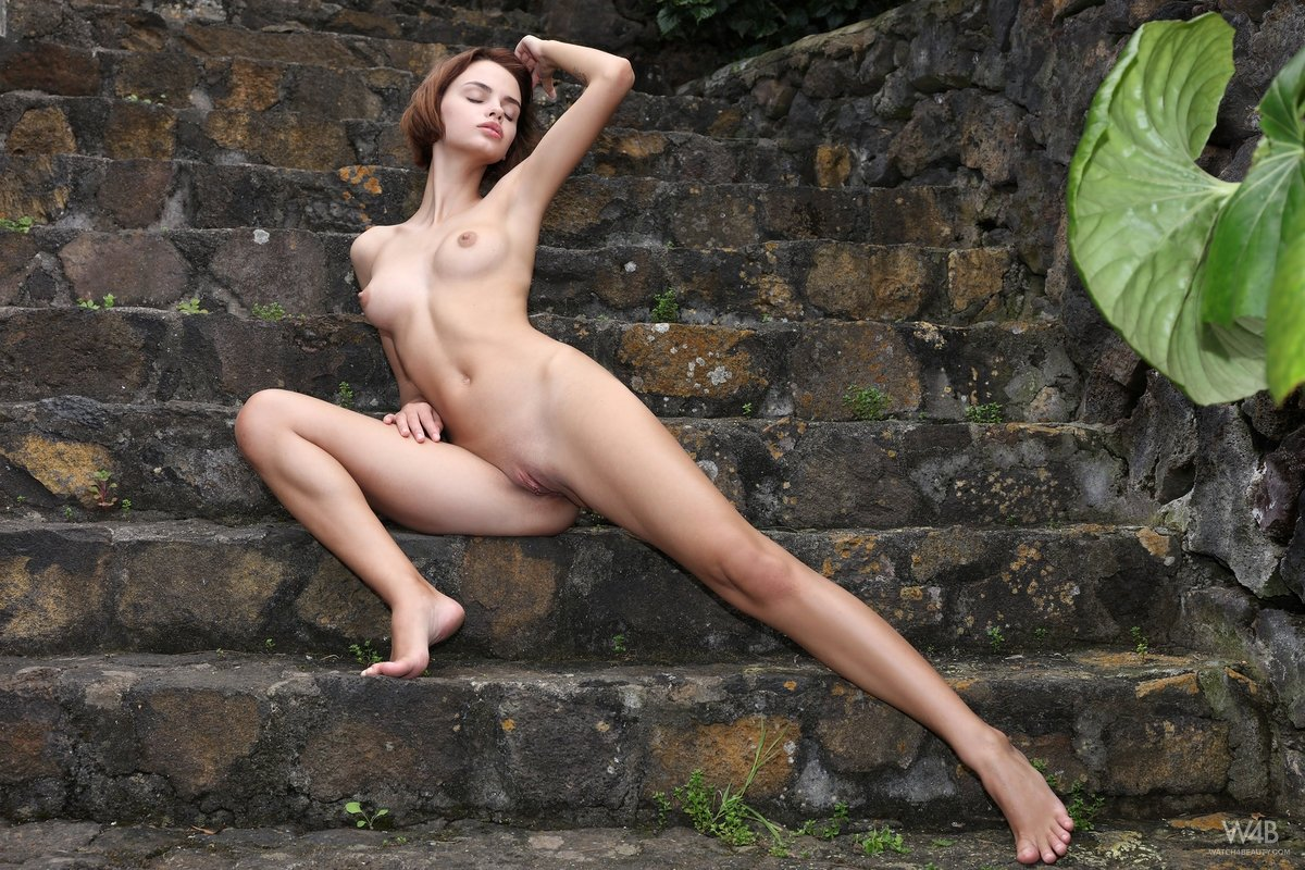 outdoor mature tits