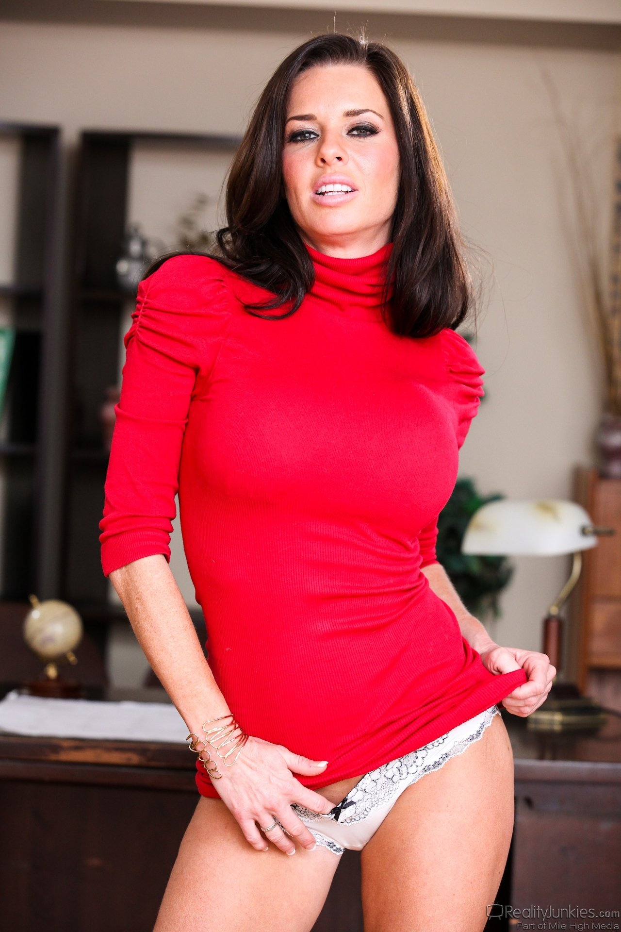 Naughty house wives sex stories