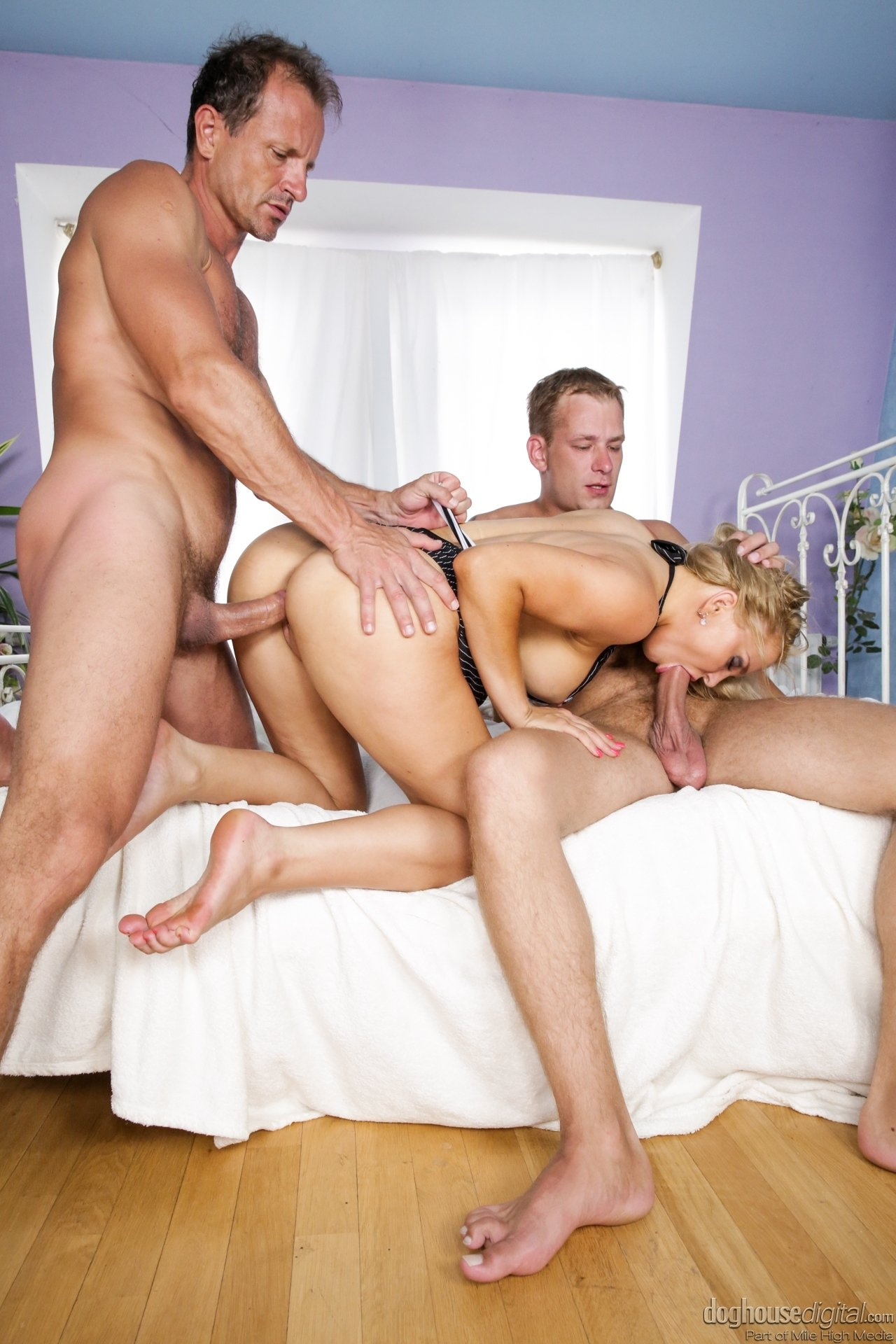 couples foursome wife swap