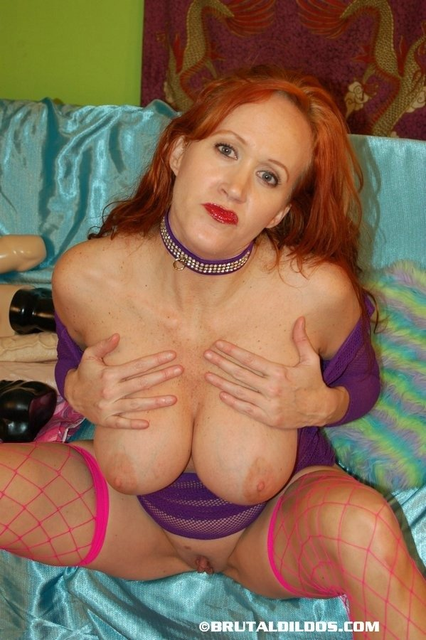 mature milf blond