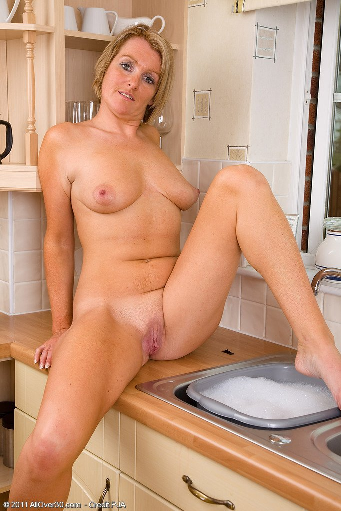 Naked housewife galleries, nudist mom and her son