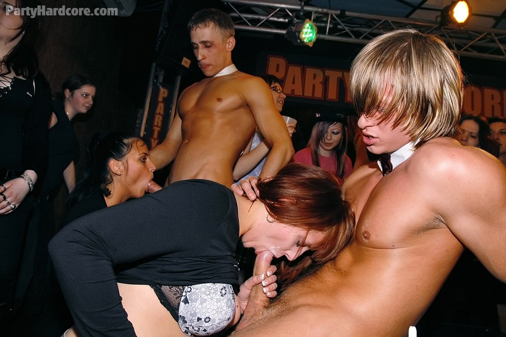 Comic scat7 Husband and two friends gangbang wife