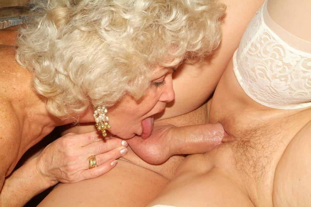 Tube cam cum older white women having sex with young black men