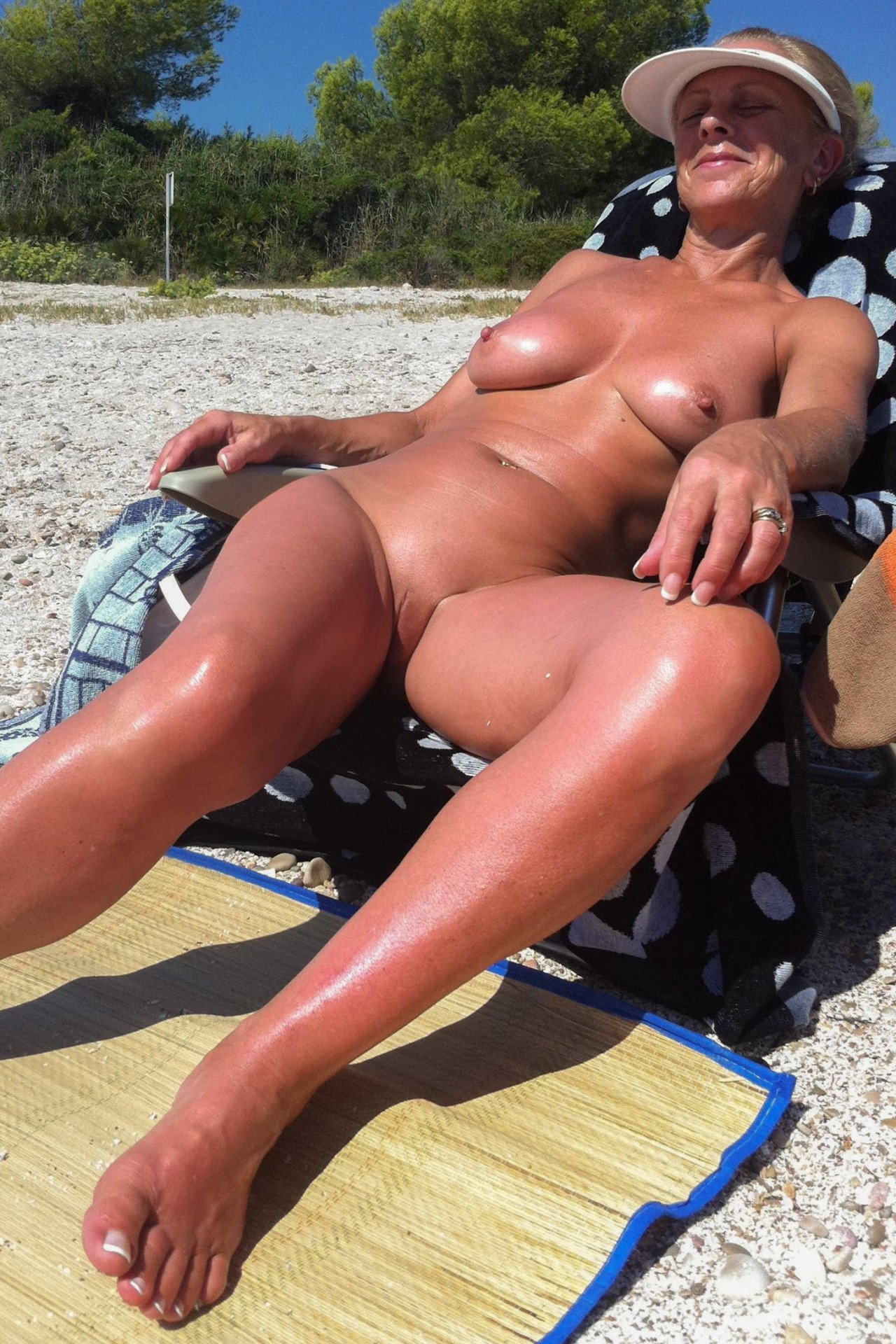 Son cheat steomom big tits beach porn