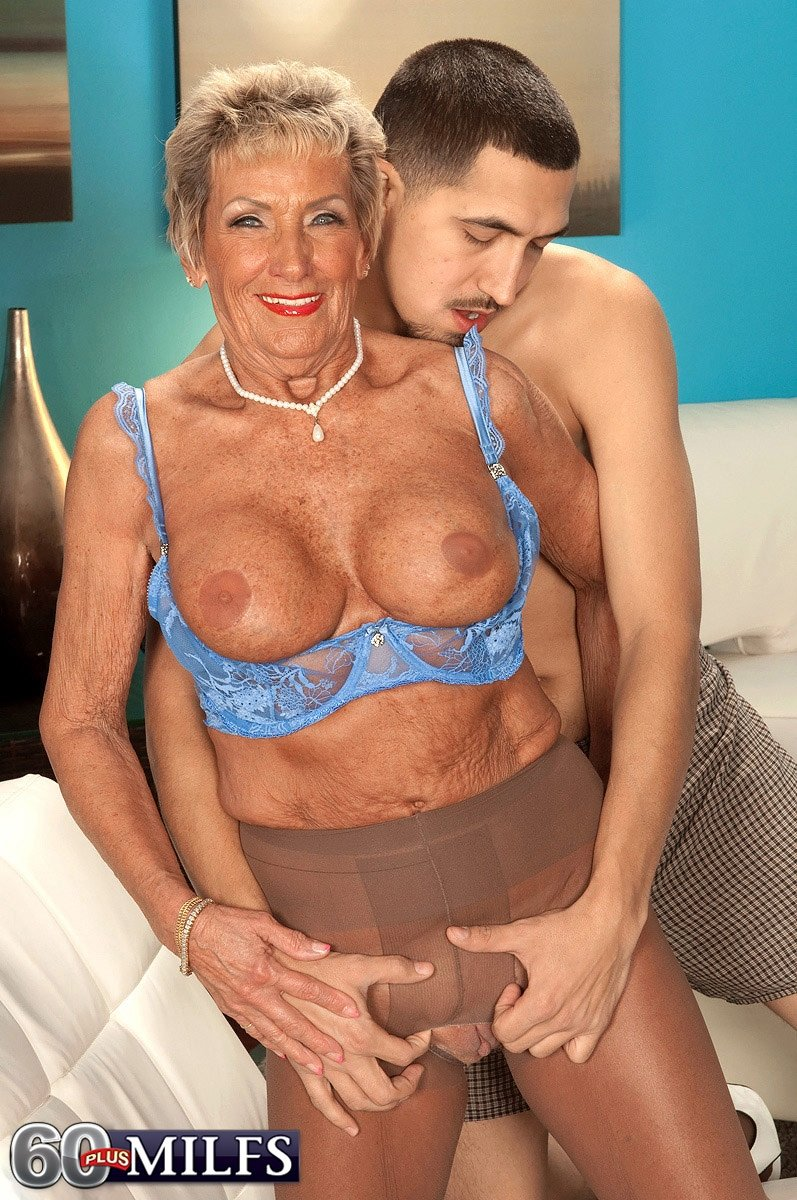 Xhamster mature housewife