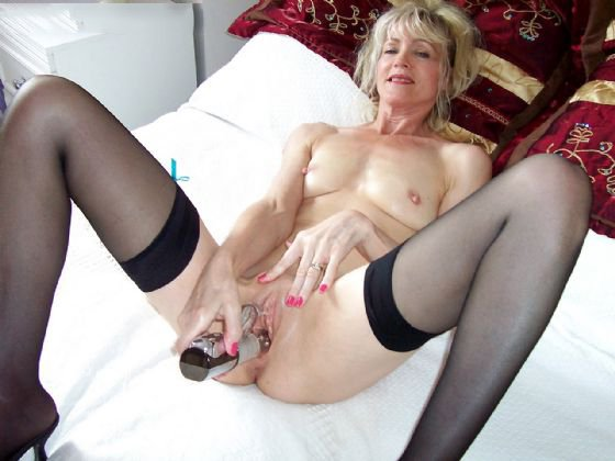 Taucage    reccomended mature feet in high heels