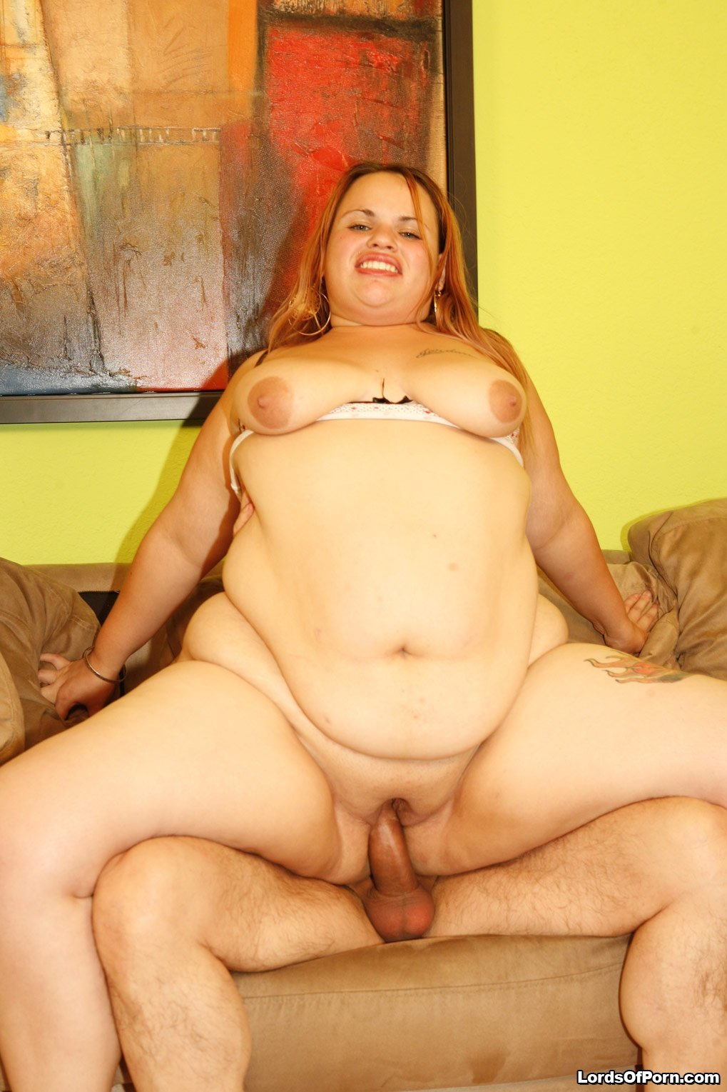 Wifes pussy gets abuse by friend