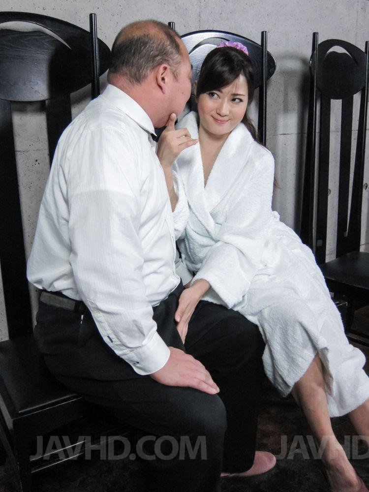 Wife swapping yes dear
