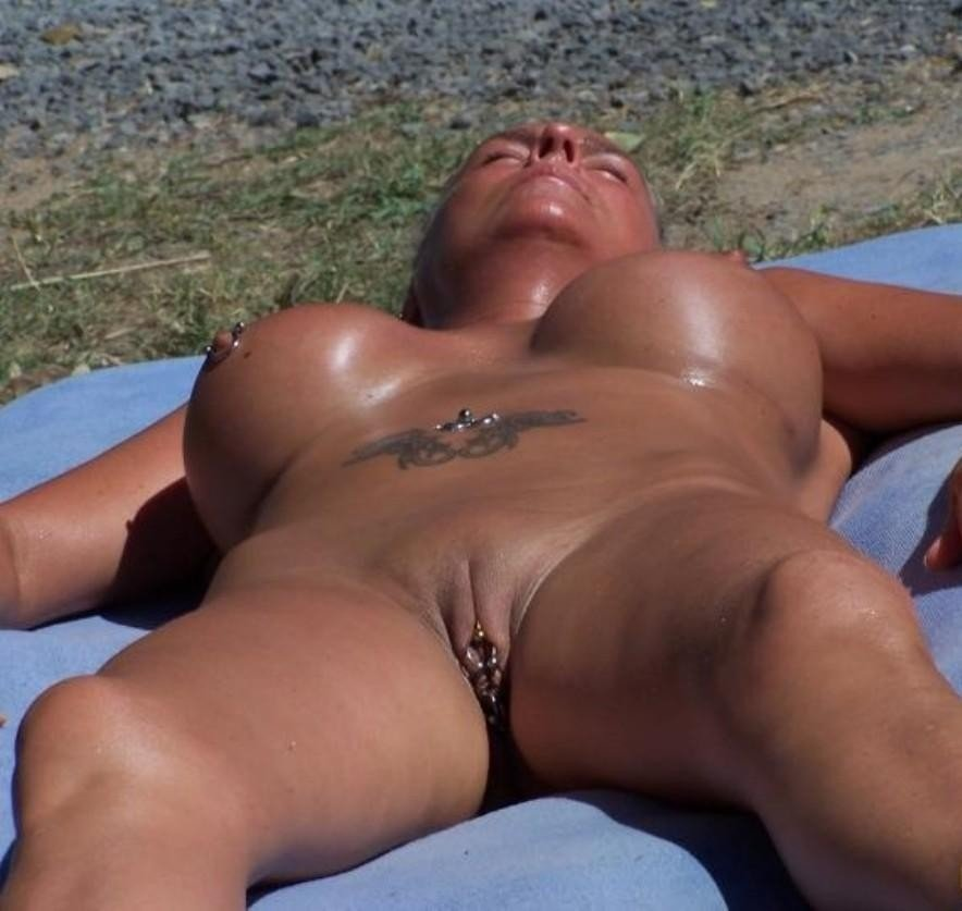 Mature amateur double penetration beach volleyball xxx