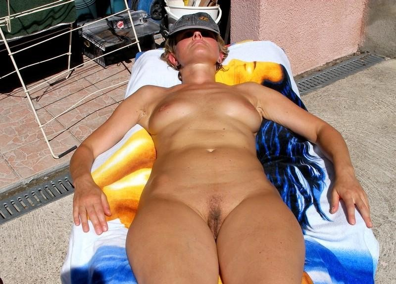 Housewife milf galleries Long time sx