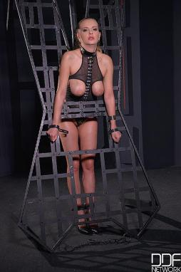 Opinion you Naked women slaves in cages