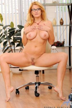 Sexy Big Tits MILF Stepmom Alexis Fawx Has Sex With Stepson In Front Of His Best Friend
