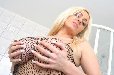 Busty Girlfriend Gets Orgasm While Riding Him 5