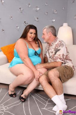 Impossible Free shaved fatty pussy
