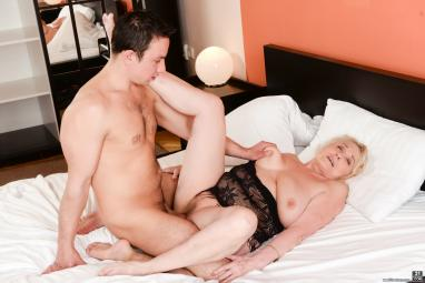granny-pussy-cumshots-movies-with-unlimited-sex