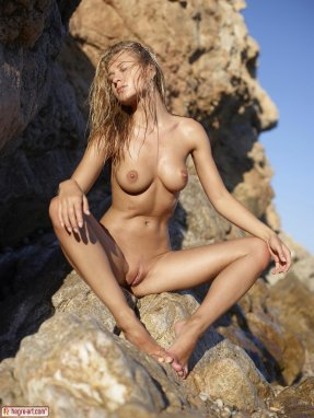 ines cudna naked in the water