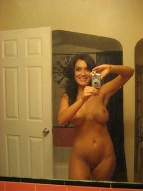 Seems Mature nude mirror shots pity